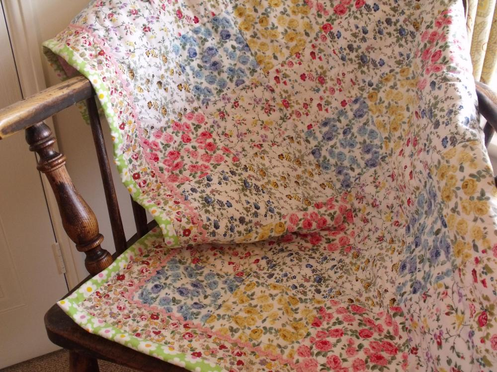 Patchwork quilt roses modern pink green white yellow lap quilt baby quilt spring summer quilt